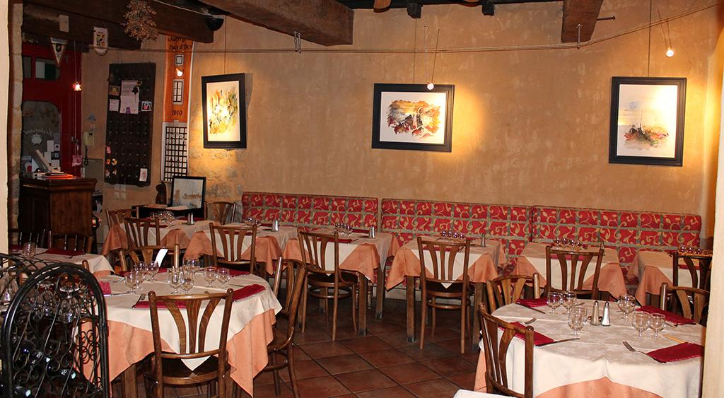 Manger en groupe à Carcassonne
